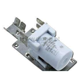 Condensador  0,1 UF A 250V